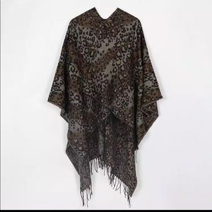 Jackets & Blazers - ✨Just In♥️🌟Brown Leopard Cape Poncho ✨ OS✨